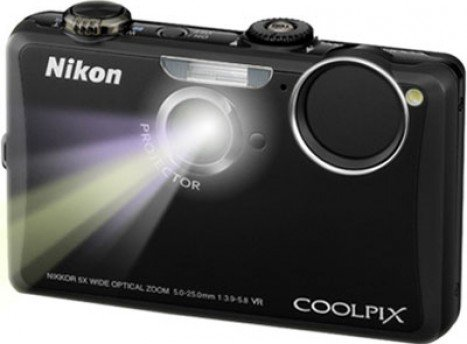 Nikon Coolpix s1100pj Back View