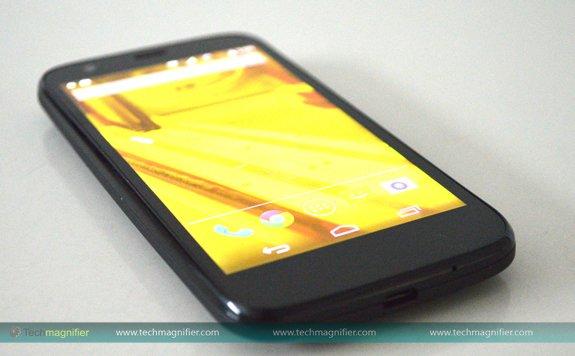 Moto G mobile phone